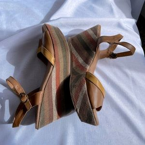 70s-inspired platform sandals earth tone striped